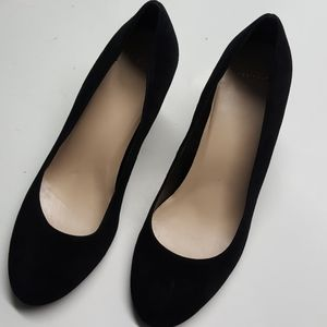 New Cole Hann Black Suede Wedge 9